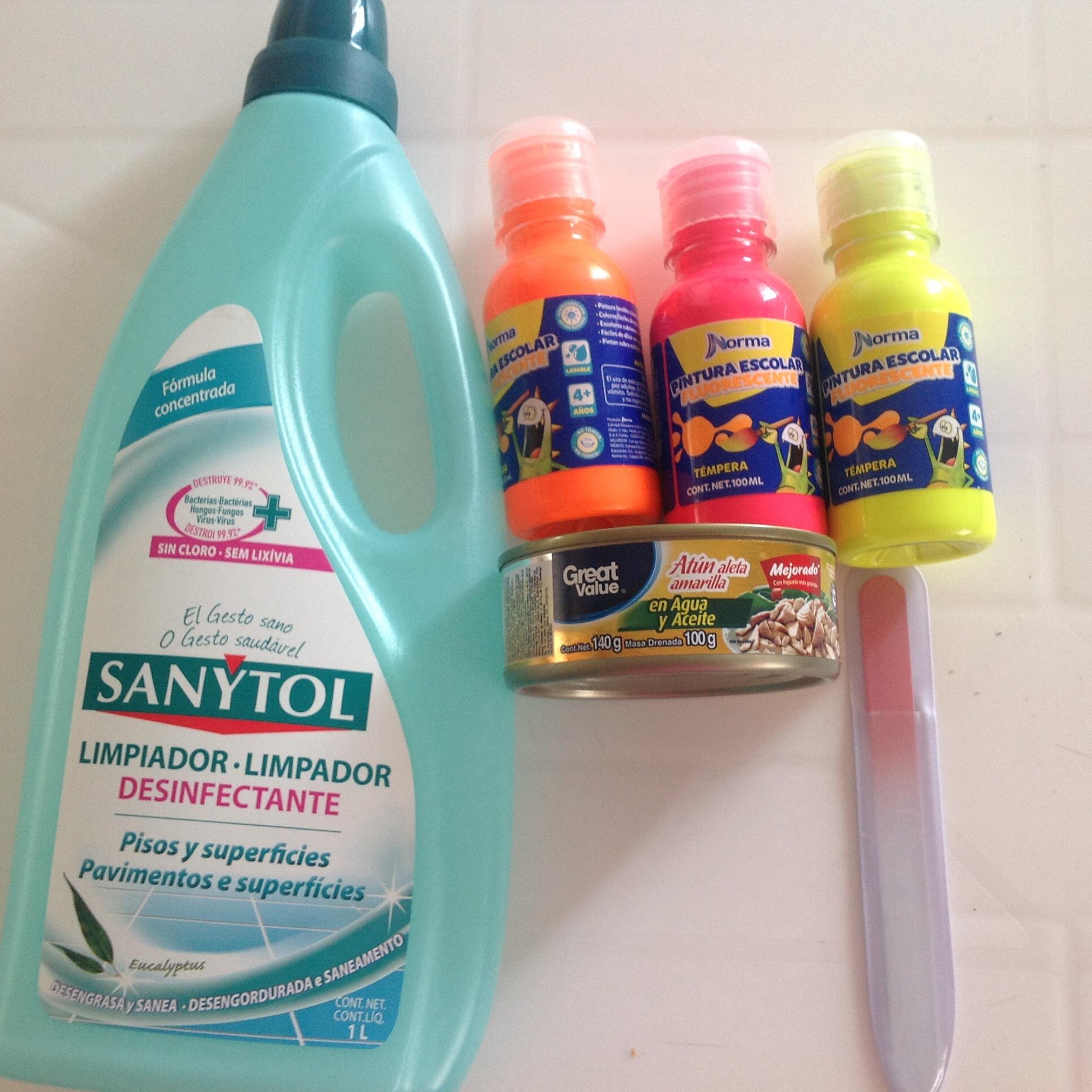 Walmart  | Sanytol en $20.03 , pinturas en .01 , atun en $6.03