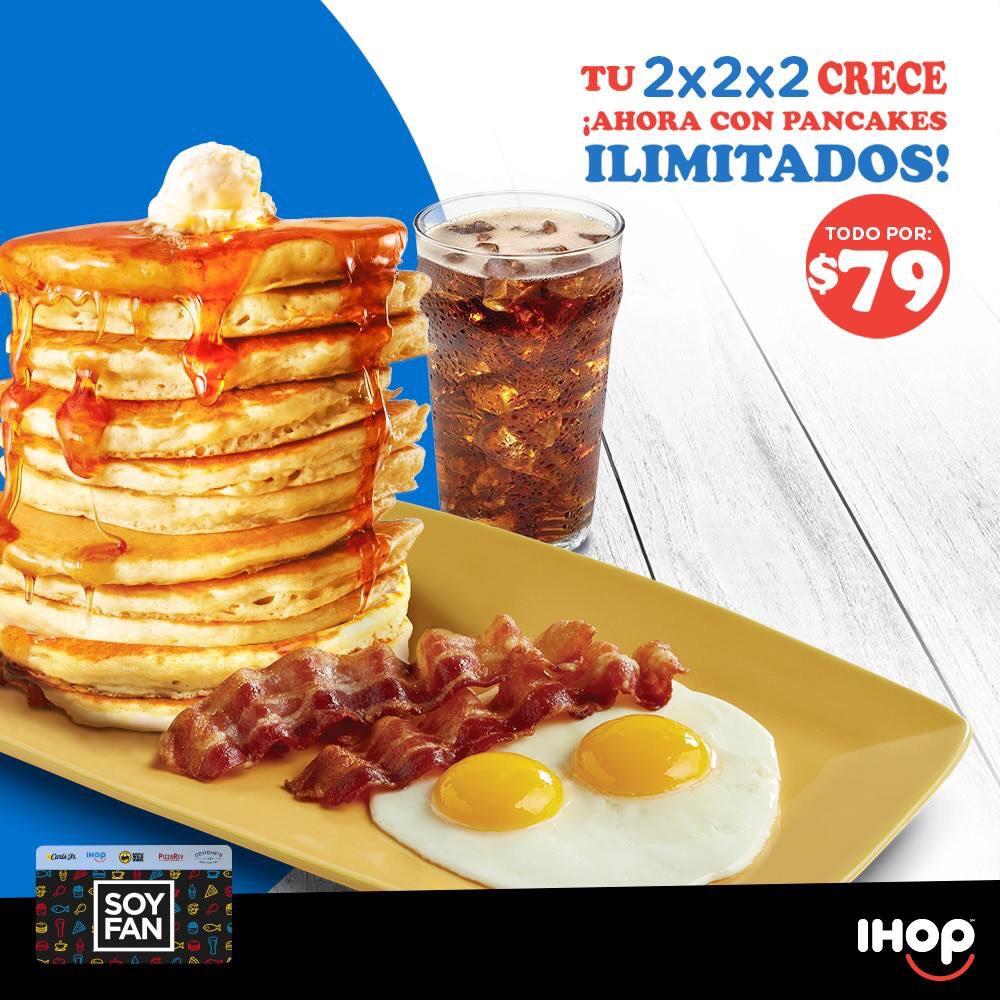 IHOP: Pancakes ilimitados + 2 Huevos + 2 Salchichas, Tocino o Jamón + Refresco o Café