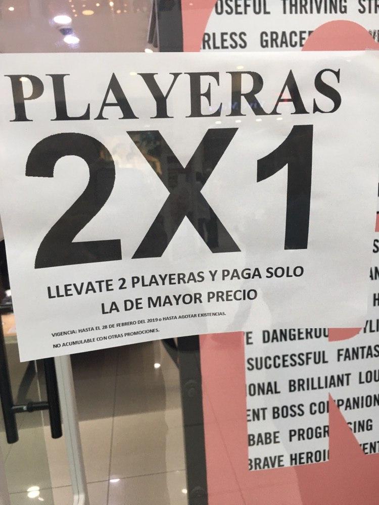 Converse: Playeras al 2x1