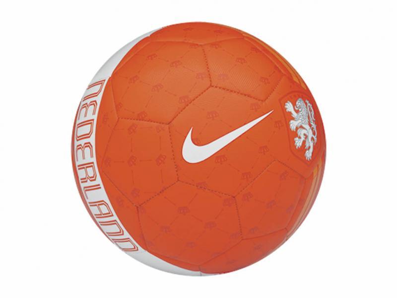 Liverpool: balones Nike Skills $127 o menos