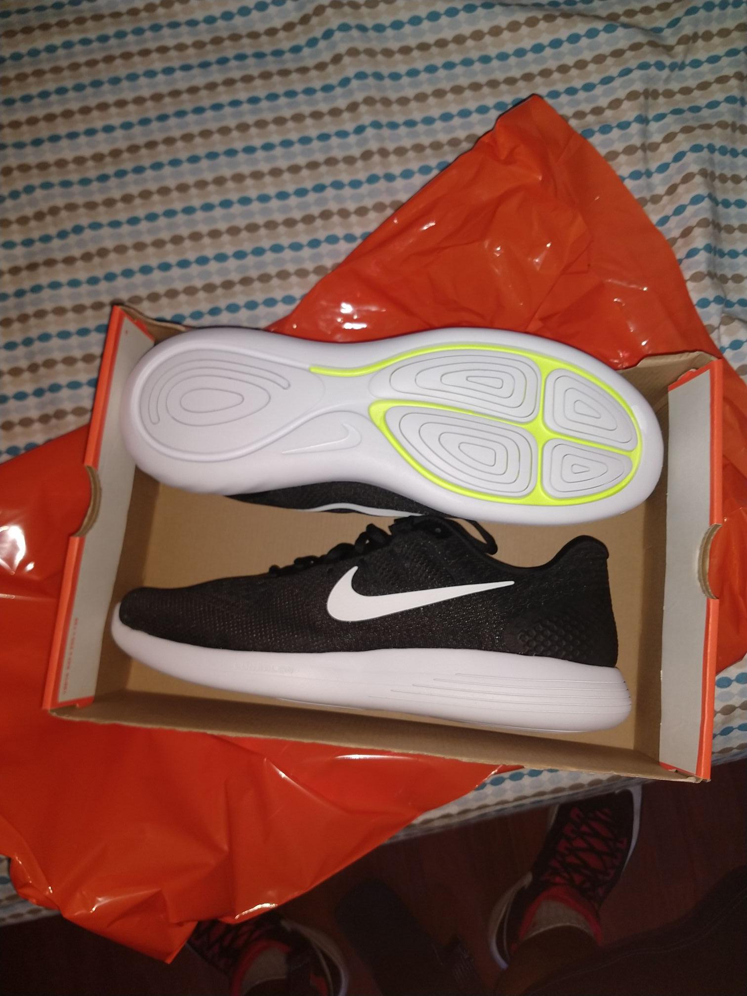 Nike factory Metepec: 50% de descuento en pared