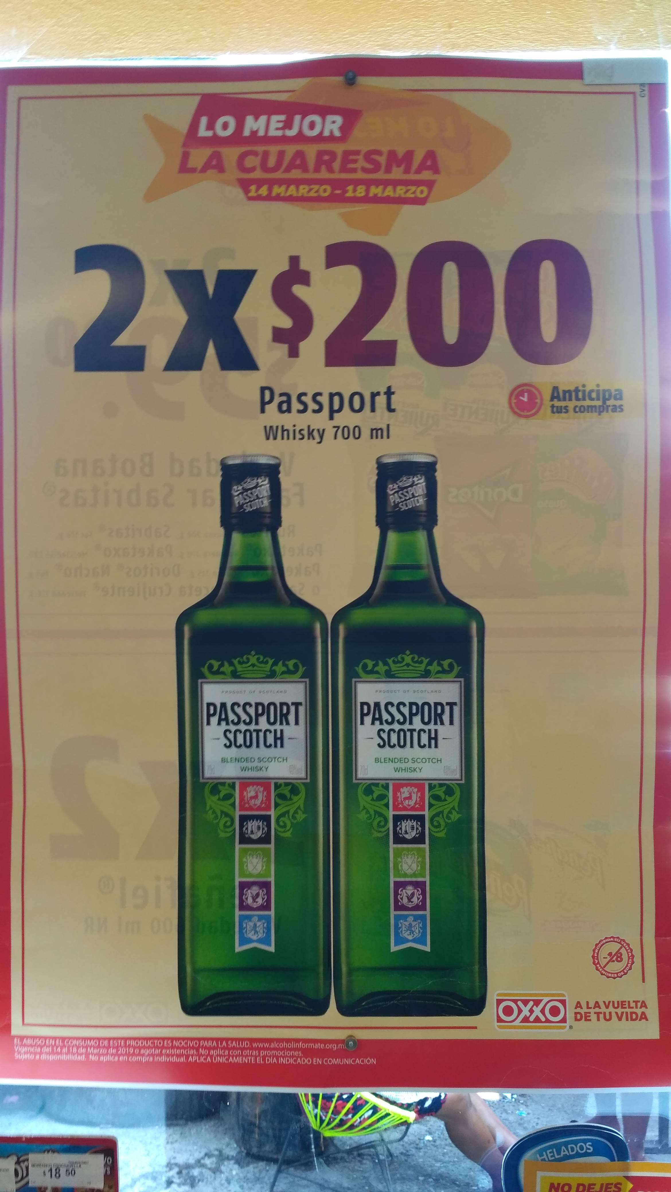 Oxxo: Whiskey Passport 700 ml 2 x 200