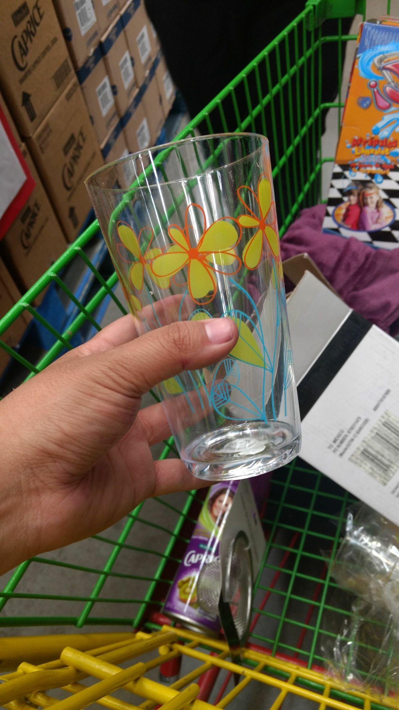 Bodega Aurrerá Vaso de plástico , colador y juego jalale