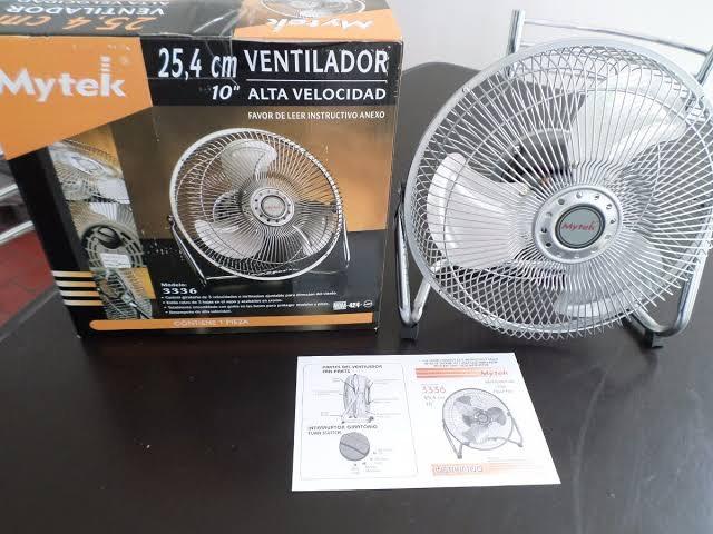"""Soriana: Ventilador escritorio 10"""" potente de puro metal en Soriana"""