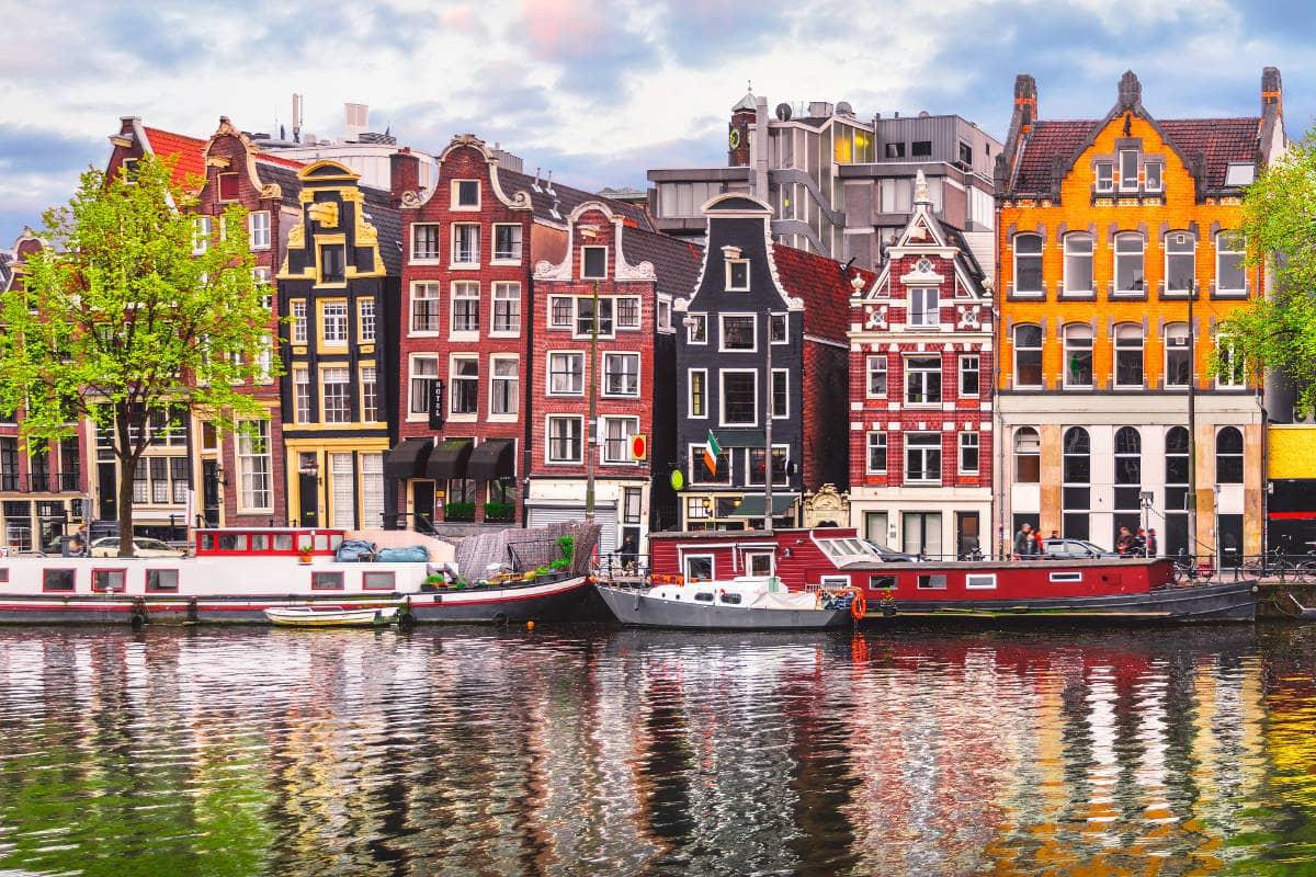 Vuelo a Amsterdam redondo directo del DF incluye fechas en verano