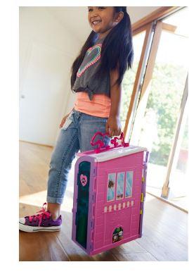 Walmart: Centro De Cuidado De Mascotas Barbie Fab Life Centro de Cuidado de Mascotas