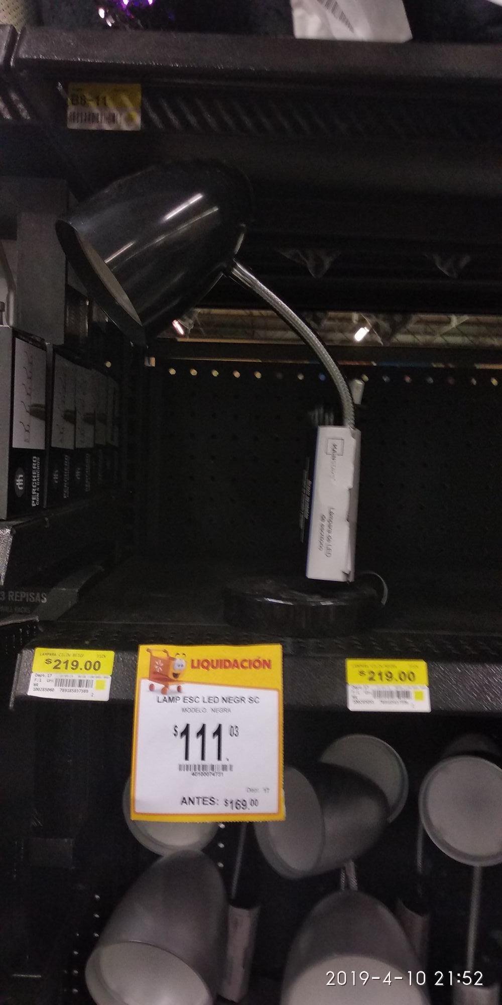 Walmart el pueblito: Lámpara led de mes en $75