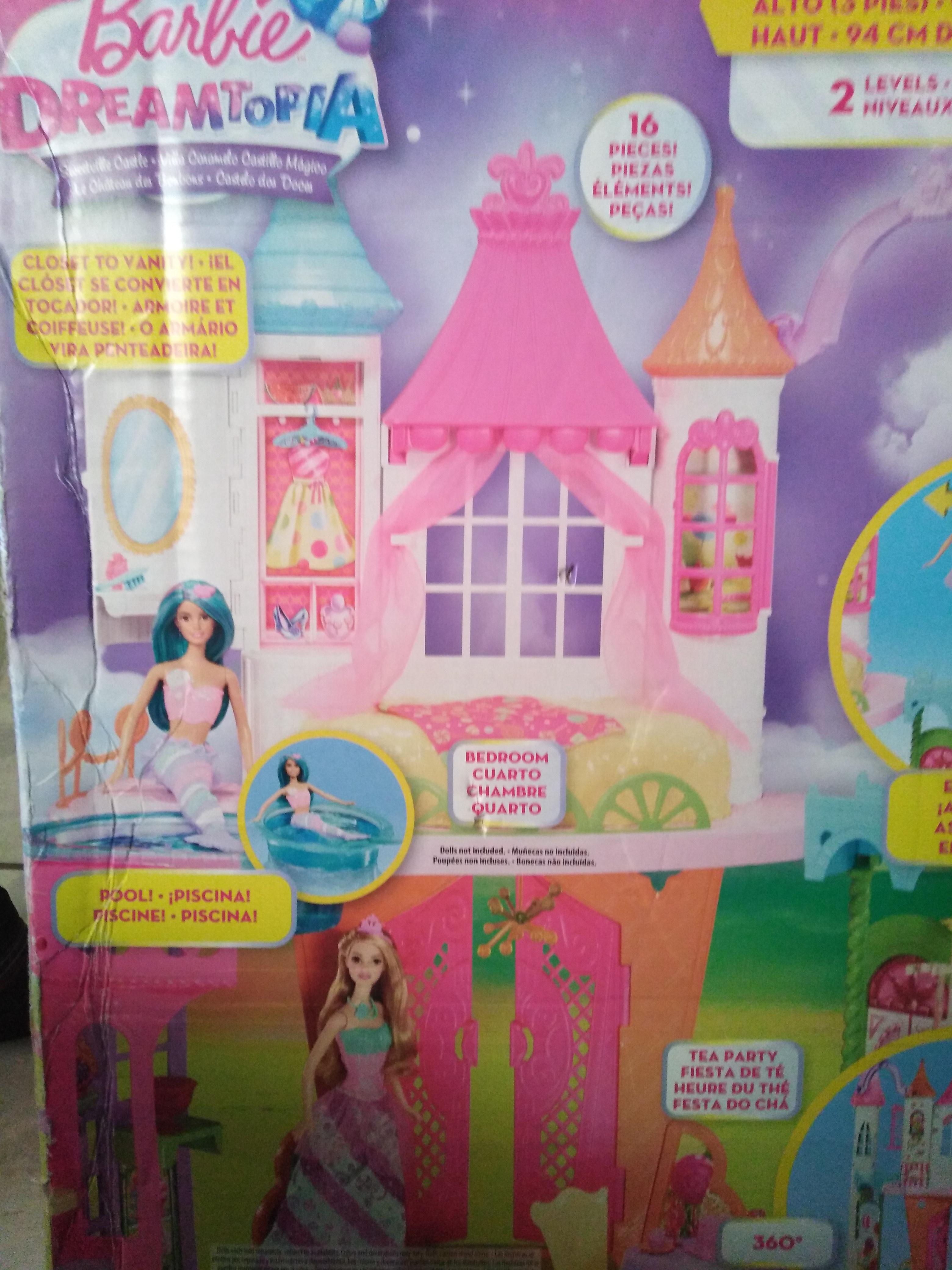 Walmart Castillo barbie