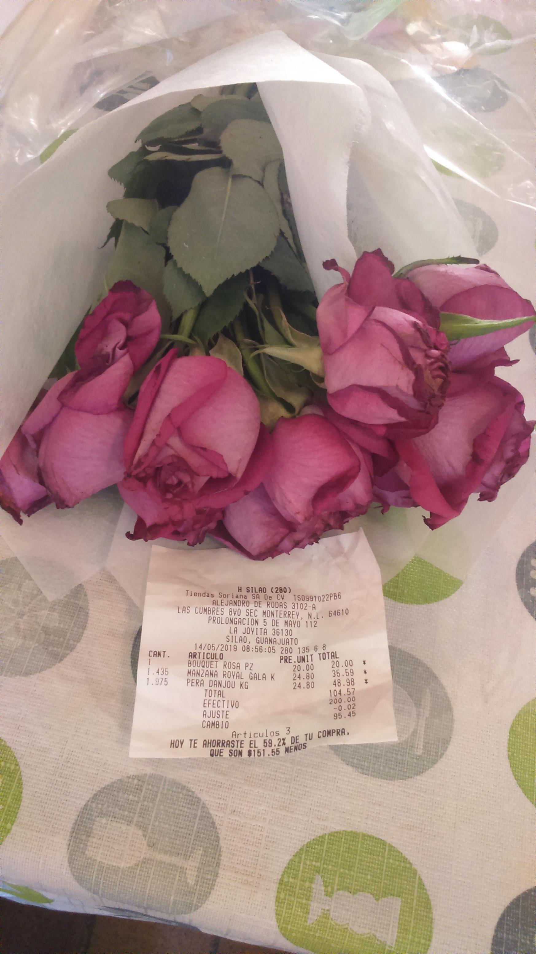Soriana hiper Silao bouquet de rosas