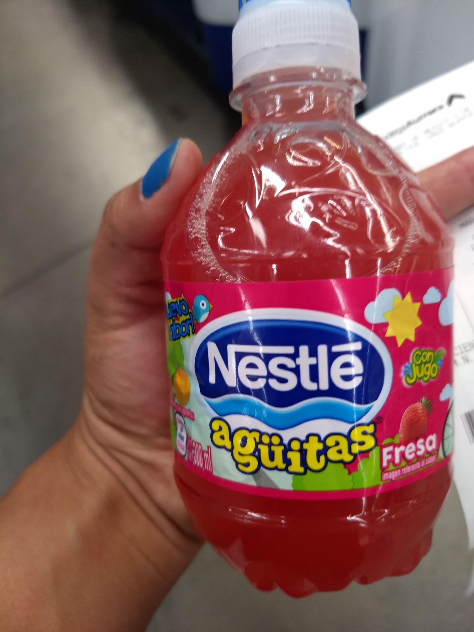 Bodega Aurrera Zapopan: Agüita Nestlé de fresa