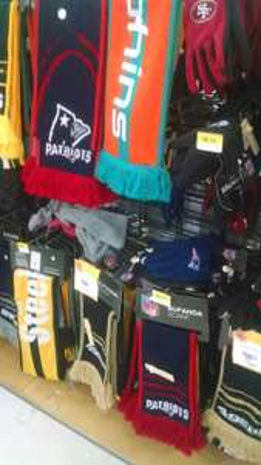 Walmart: Bufandas NFL de $149 a $98.03