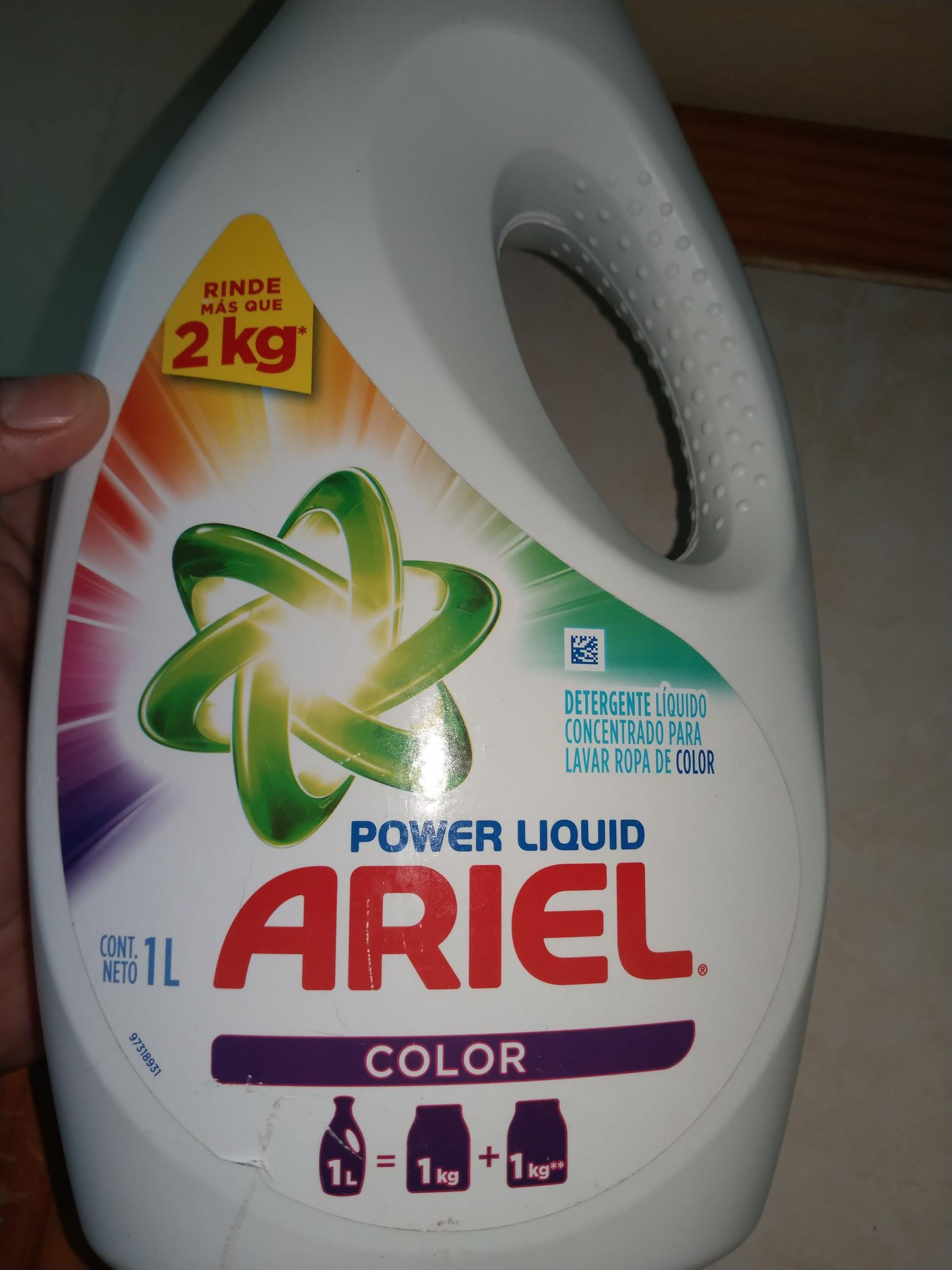 Soriana: Detergente Líquido Ariel de 1lt