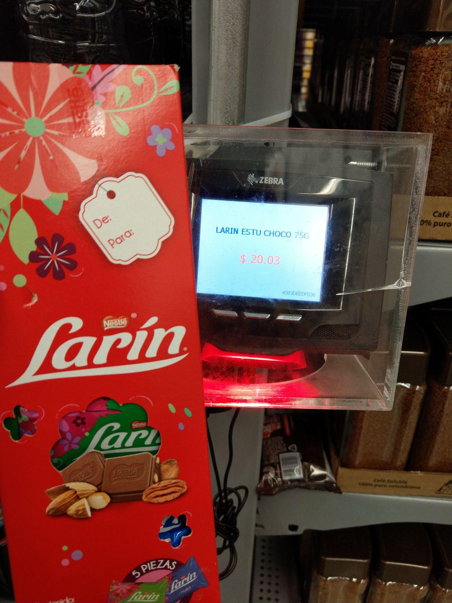 Walmart: Caja chocolate larin  almendra y nuez