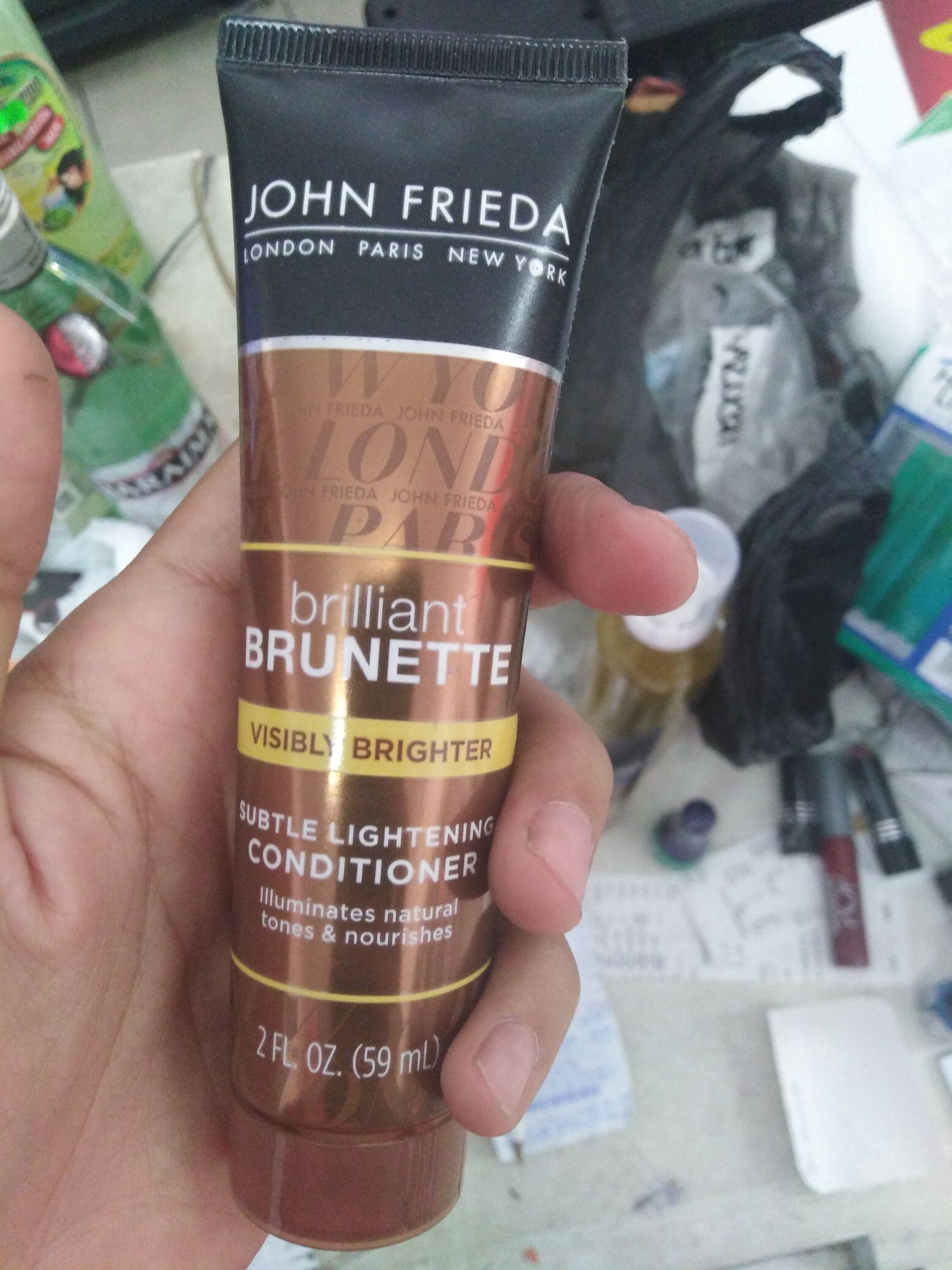 Chedraui: Shampoo John frieda