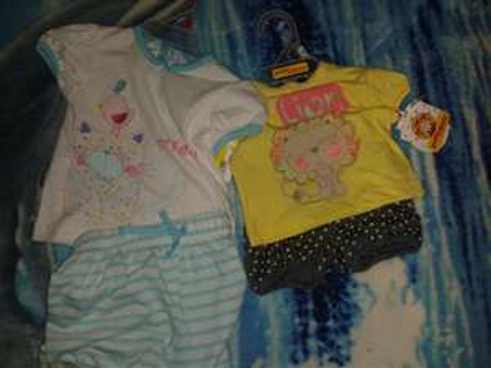 Walmart: Conjuntos de bebe Baby Creysi $30.01