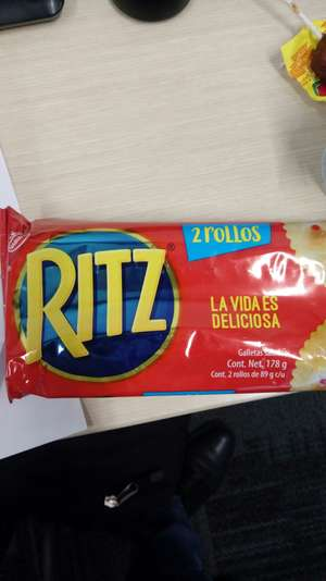 Superama; Galletas Ritz dos paquetes por $8.00