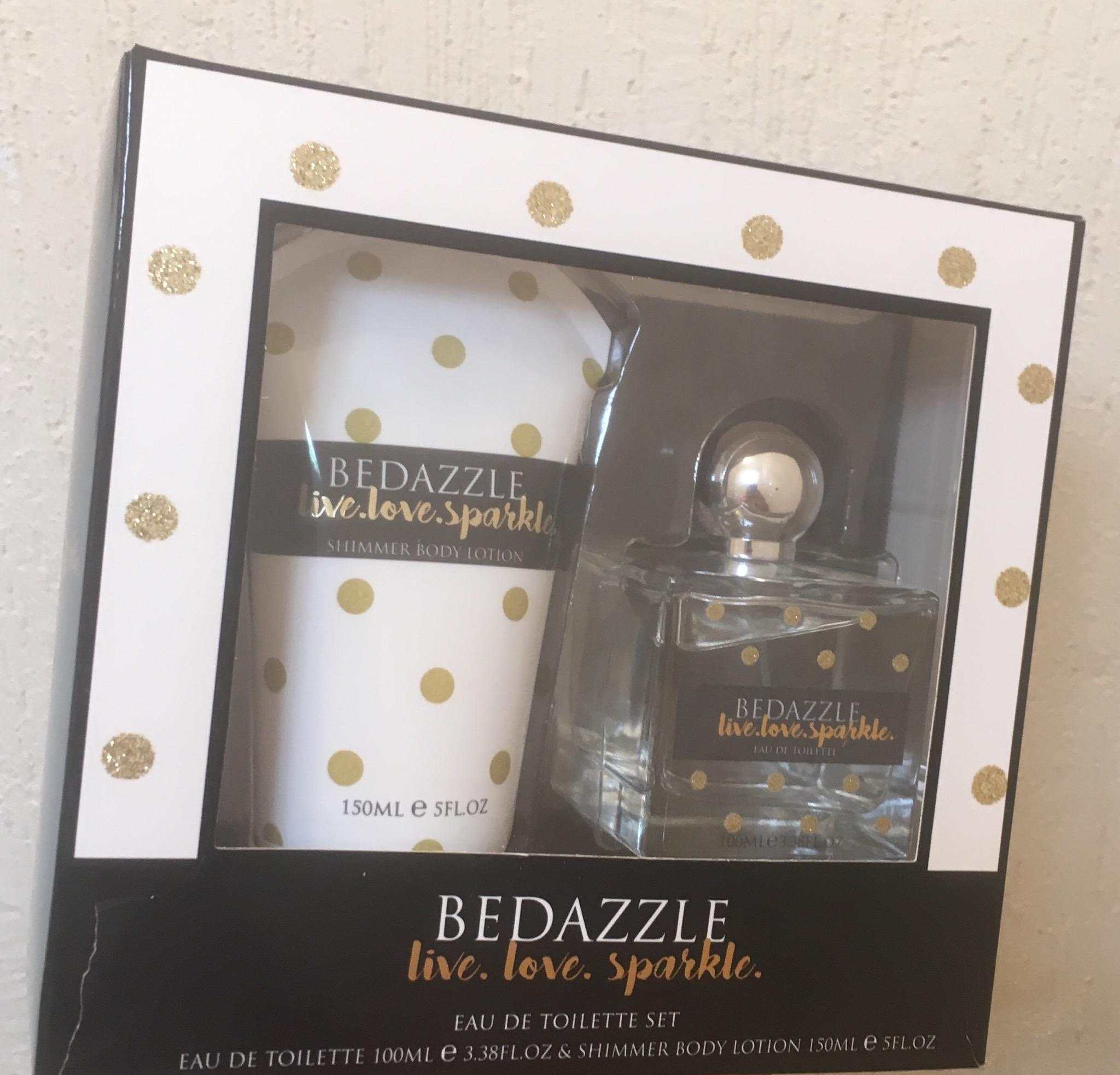 Walmart METEPEC: set perfume + crema