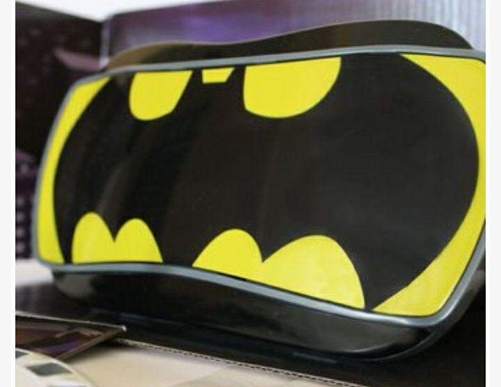 Linio: Lentes View Máster (realidad virtual). Batman: la serie animada.