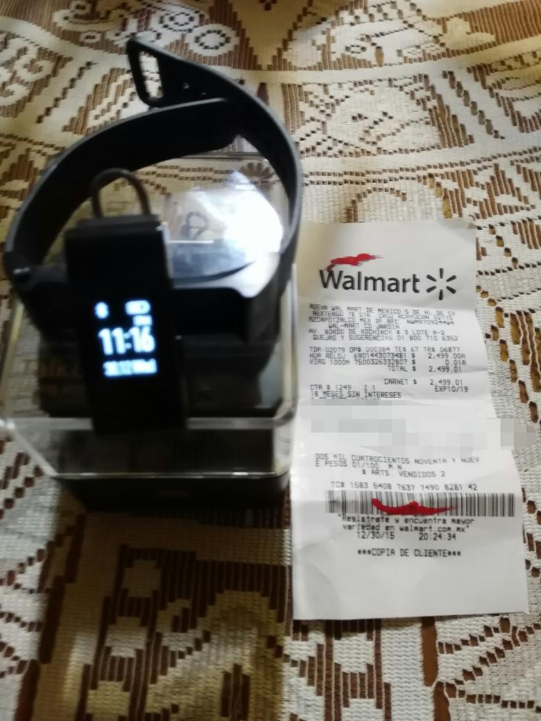 Walmart: Huawei Talkband b2 a $2,499.01