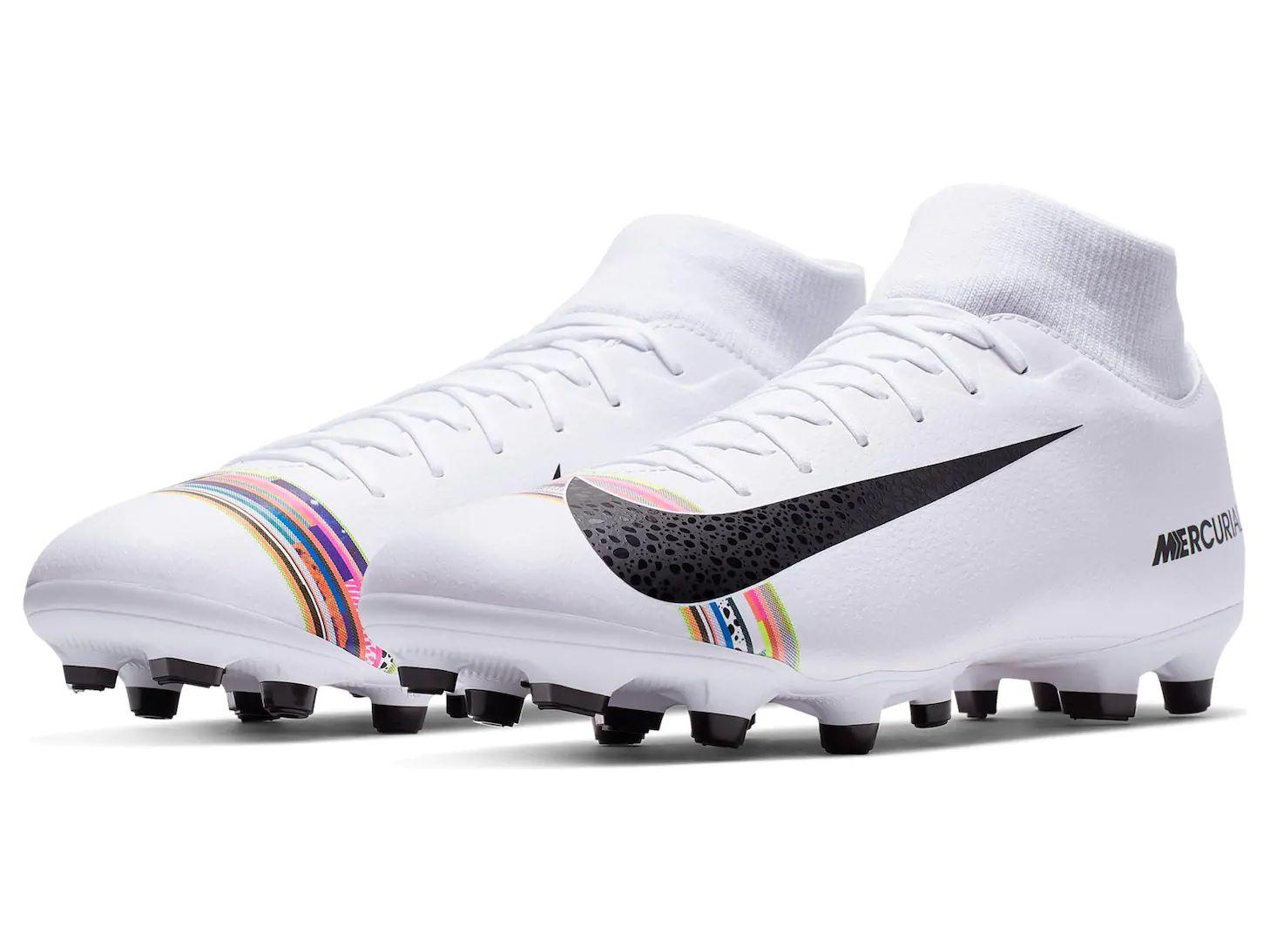 Liverpool online: calzado superfly para soccer