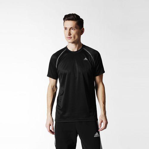 Adidas: Playera Negra a $129