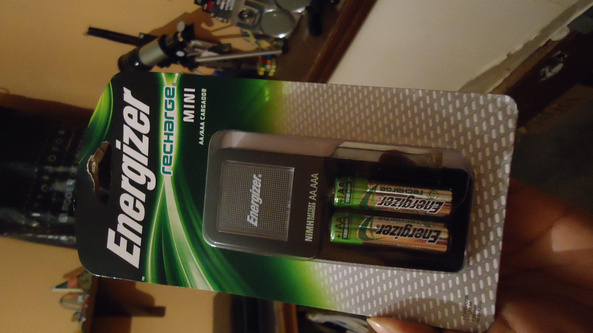 Walmart Estadio Morelia: Baterias Energizer Recargables cargador
