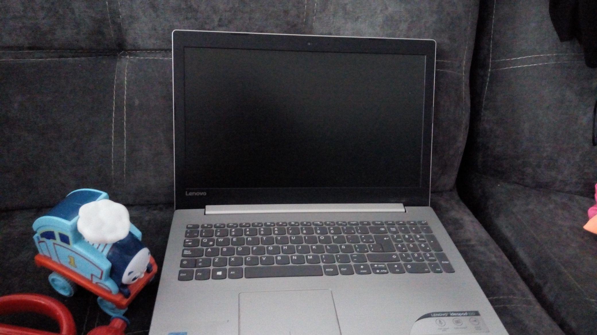 Soriana: Laptop Lenovo