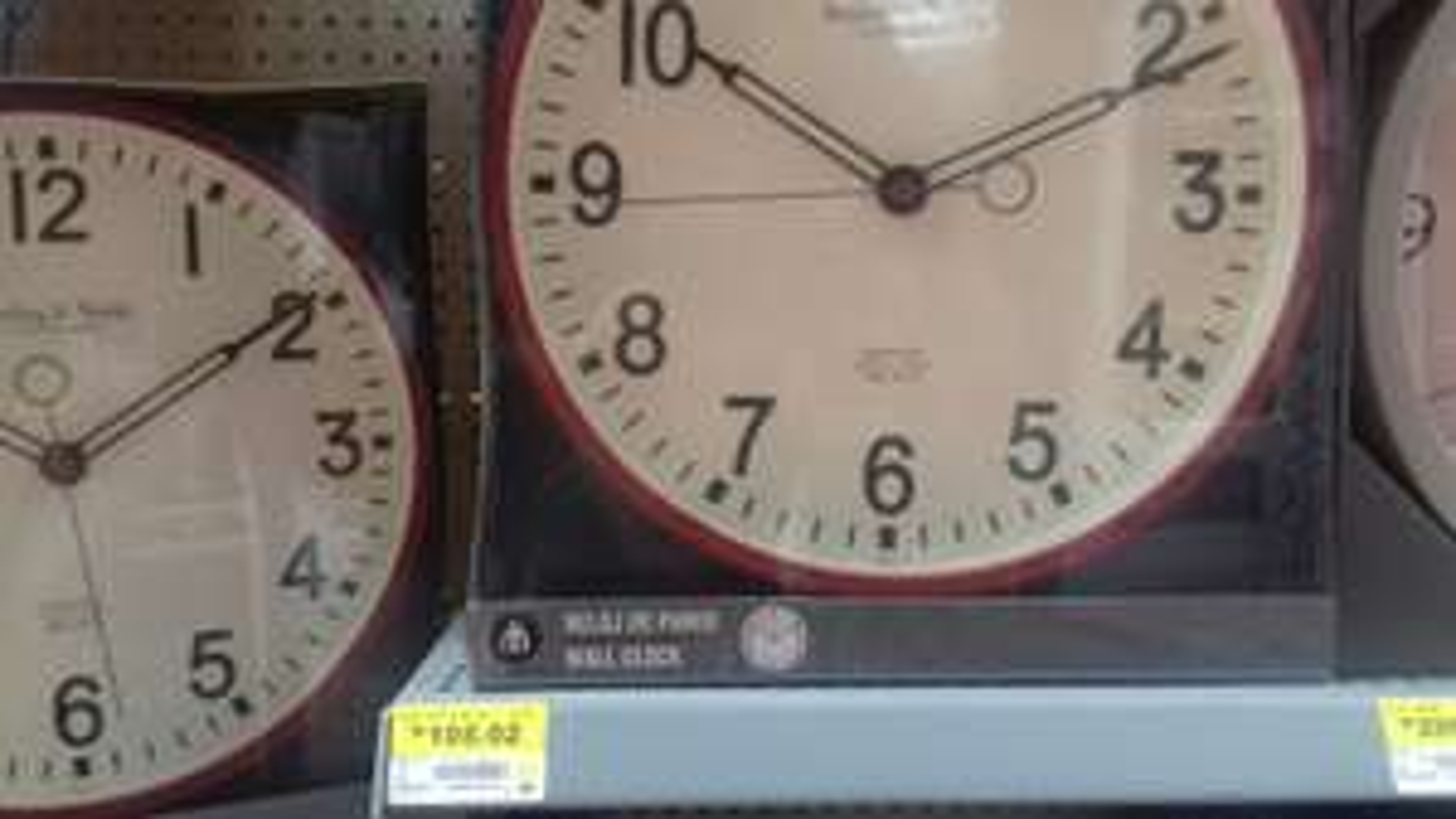 Walmart Juriquilla Queretaro: Reloj de pared Rojo