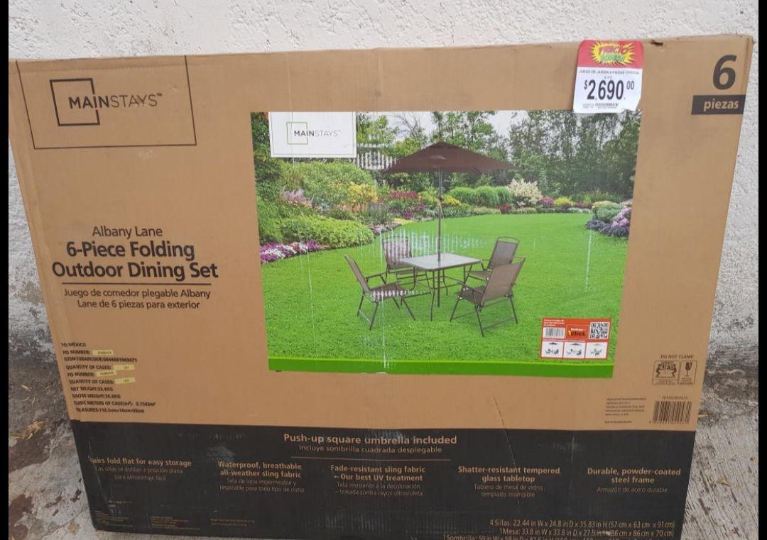 Bodega aurrera: mesa de jardín unicornio