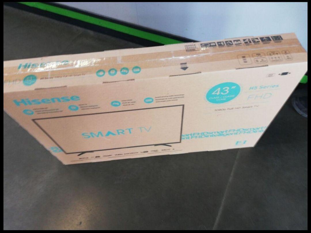 Bodega Aurrerá: Pantalla Hisense 43' FHD Smart TV.