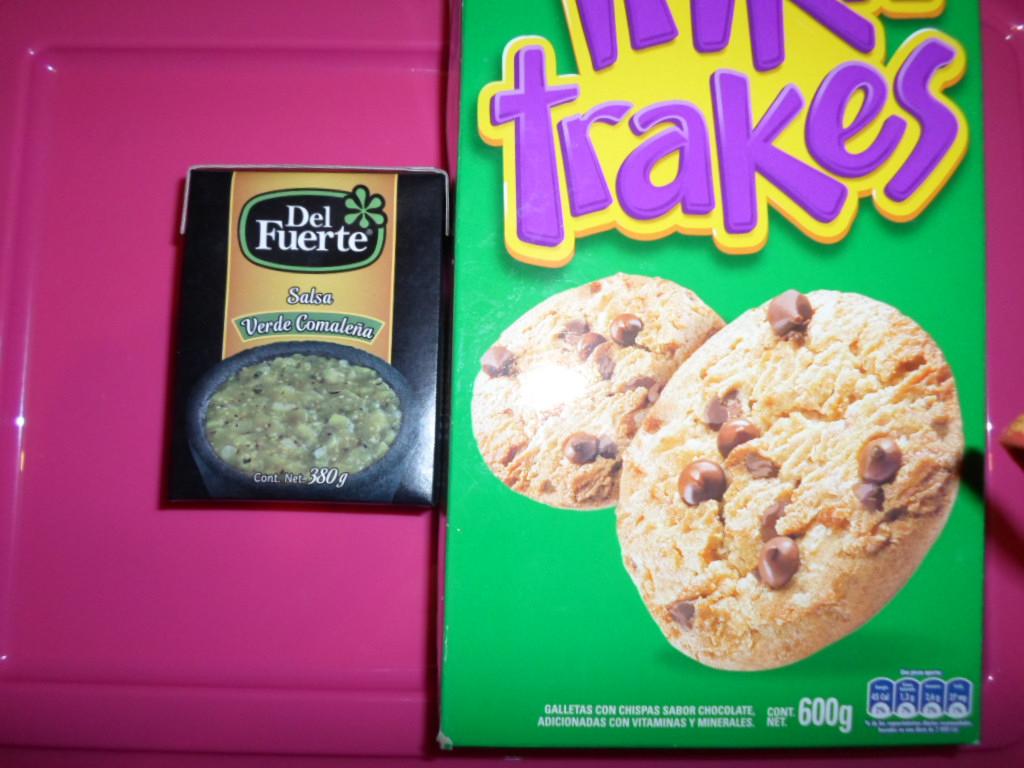 Walmart : Galletas Triki Trakes 600 grs $17.02 y Salsa del Fuerte $5.01