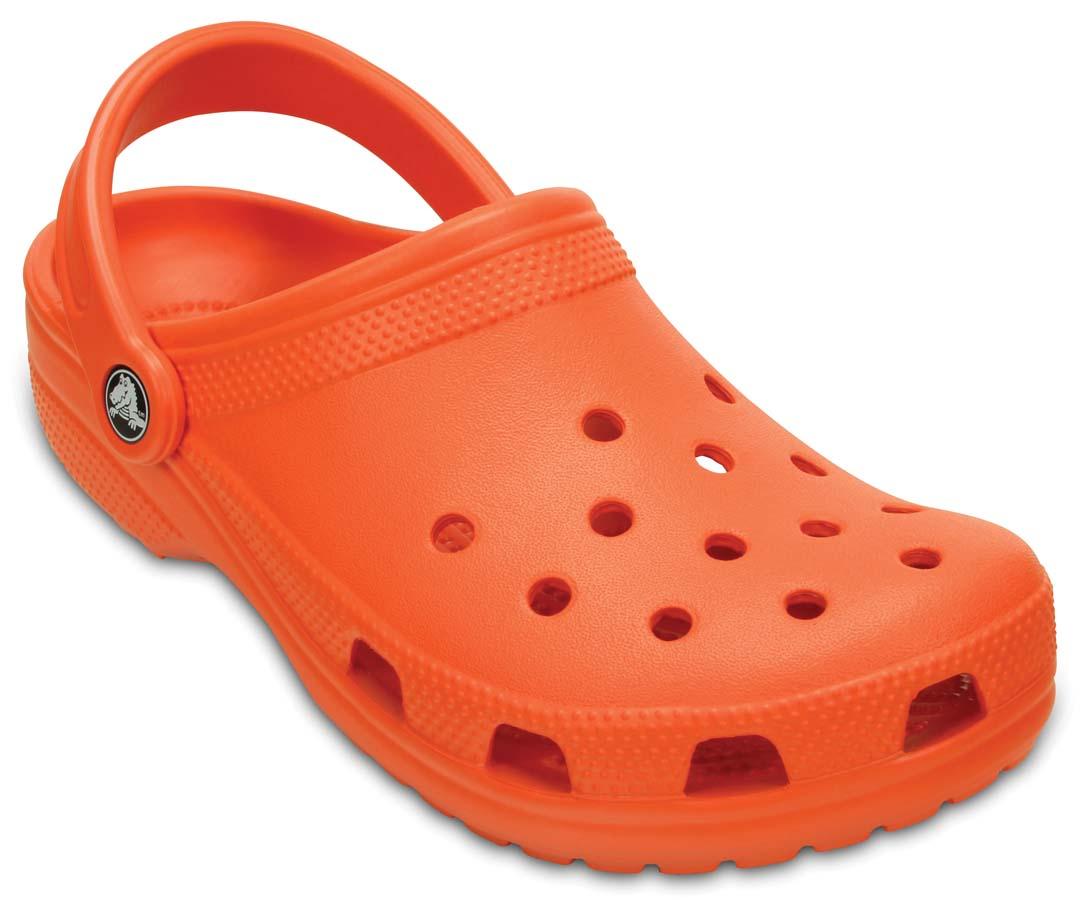 crocs Classic Naranja liquidacion de temporada crocs (más envío de $110)