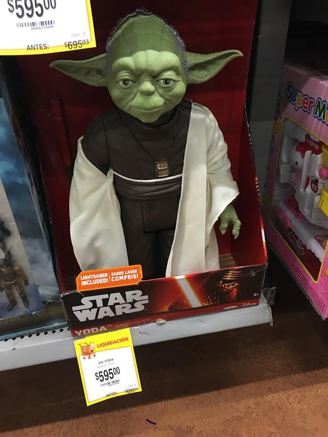 Walmart Zapopan (a un lado de Andares) | Star Wars Yoda