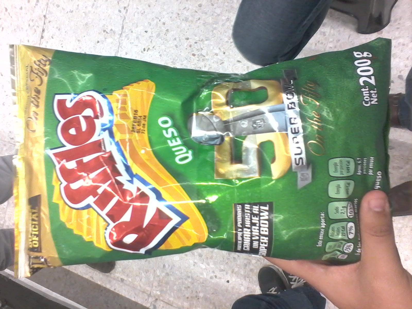 Chedraui Veracruz: 2 Rufles bolsa grande 200 grs. por $30 y 1 Lt. de Leche light $5