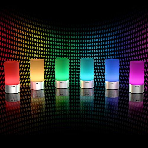 Amazone EU: AUKEY lámpara de mesa de intensidad regulable y cambio de color RGB