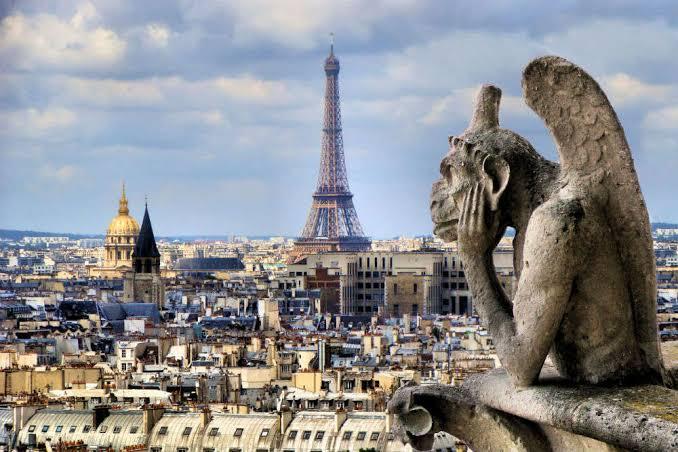 Vuelo redondo DF - París $10,148, de Guadalajara $9,875