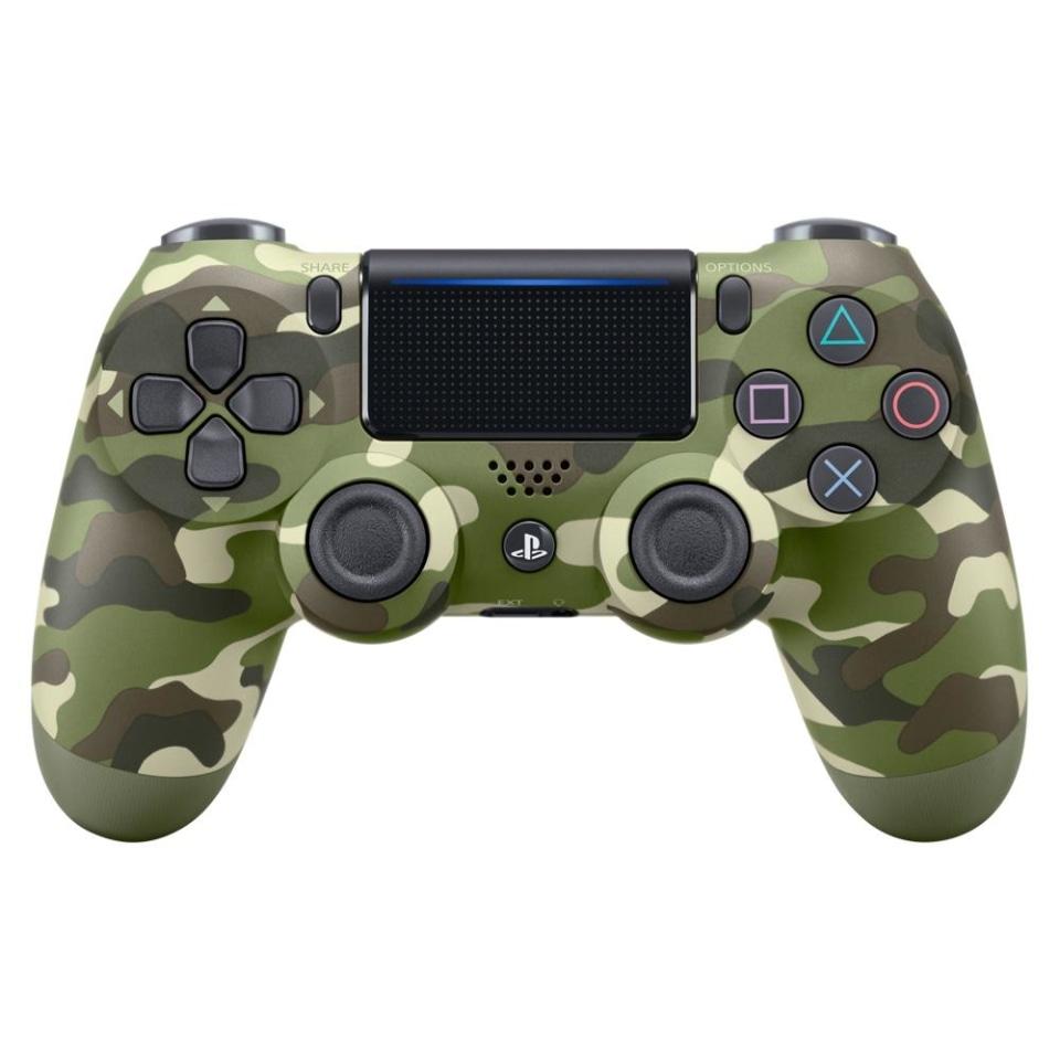 Walmart: Control DualShock PlayStation 4 Verde Camuflaje envío incluido