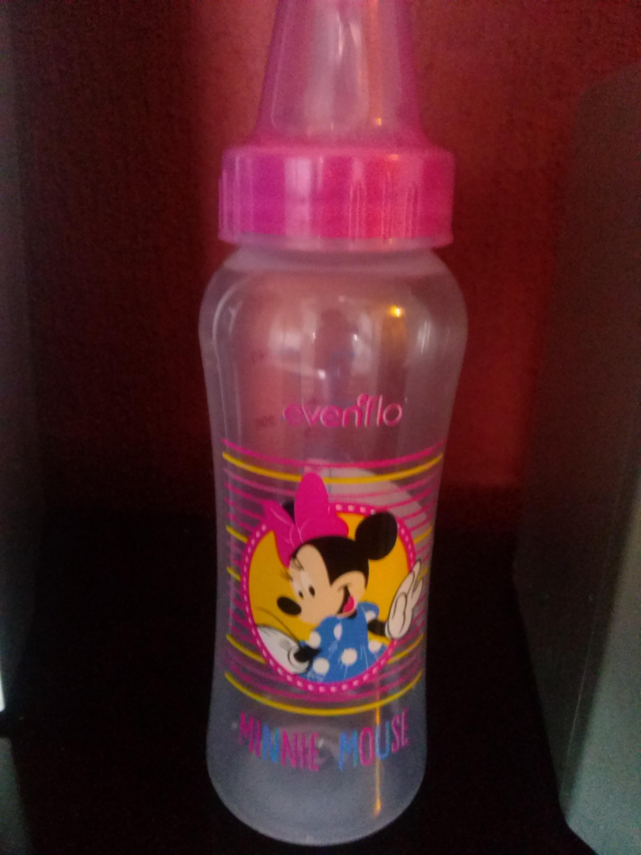 Walmart Nicolas Romero: Biberon evenflo Disney a $2.01