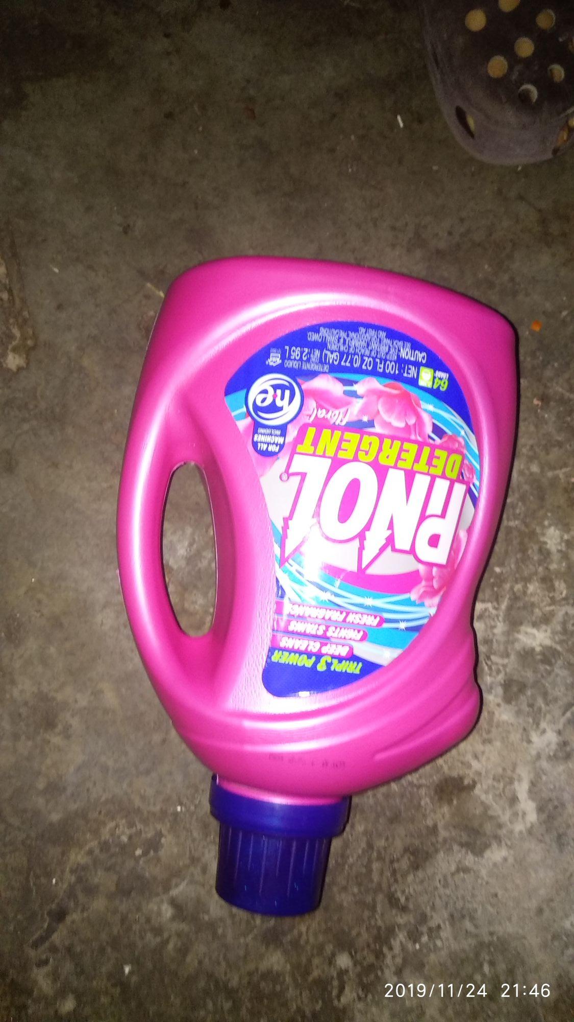 Soriana Malecon: Detergente pinol 2.95lt