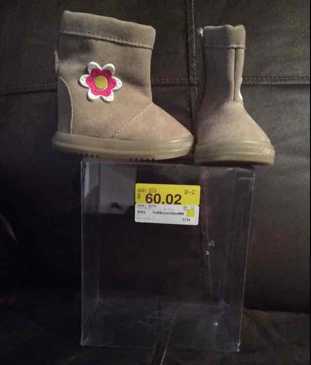 Boedega Aurrerá: Botitas para niña a $60.02