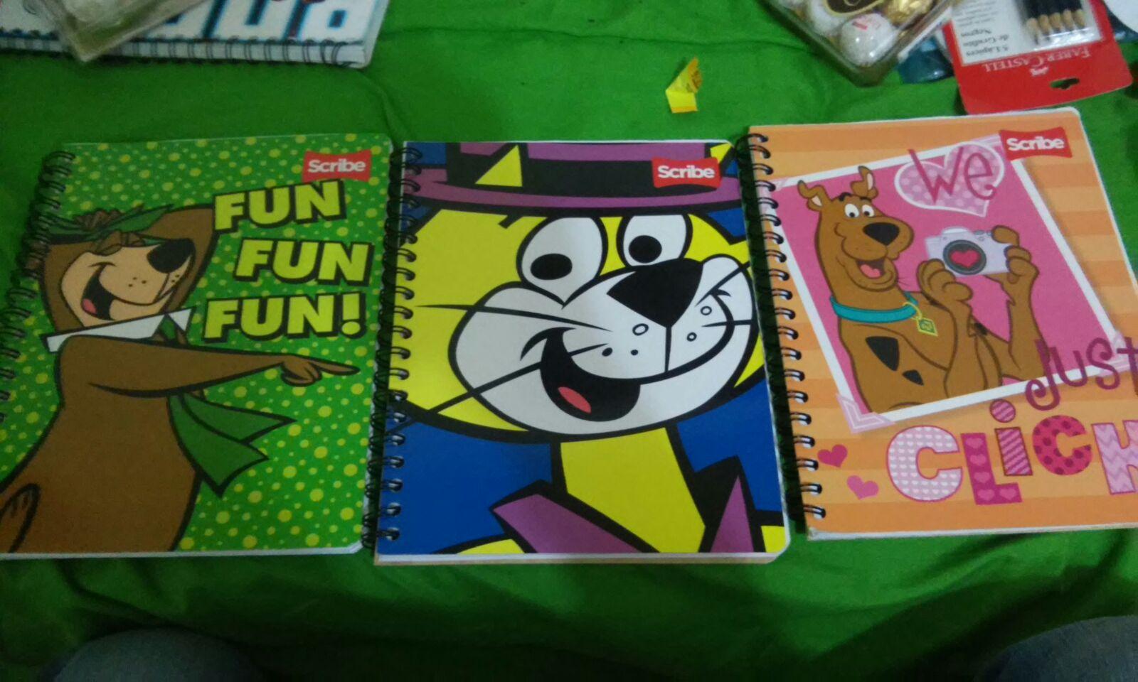 Chedraui: Cuadernos Scribe $2.50 / Crackets Sandwich $¿? / Huevo sorpresa de chocolate $3.60 / 24 bolsas para snack $4.50 / Caja de galletas de canela $10