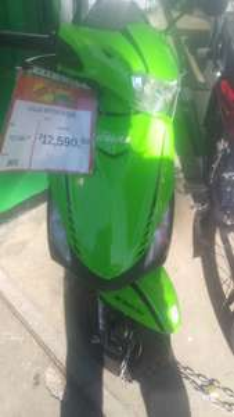 Aurrera Fco Montejo Merida, moto italika 125 verdeAurrera Fco Montejo Merida, moto italika verde