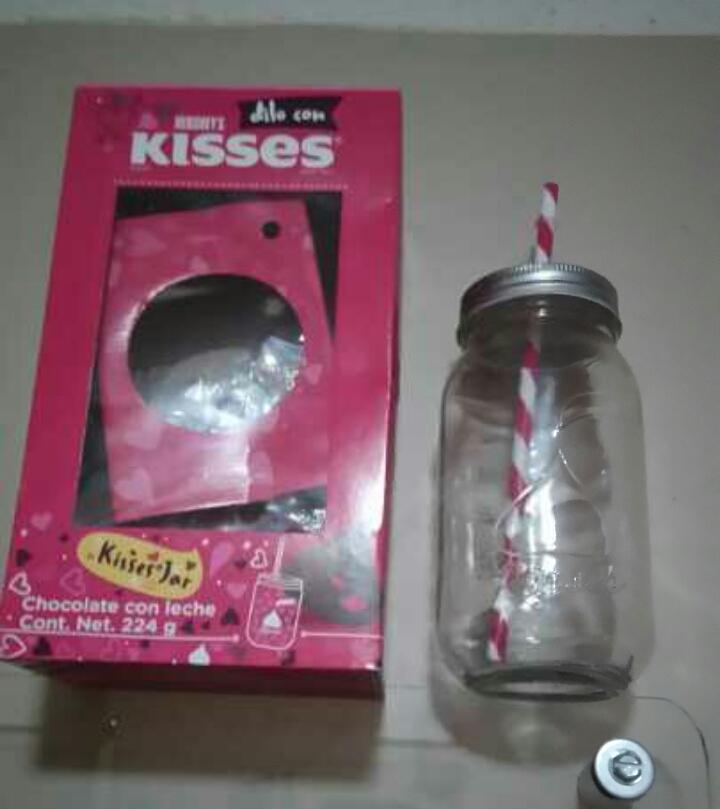 Walmart Galerias en León Kisses Jar $49