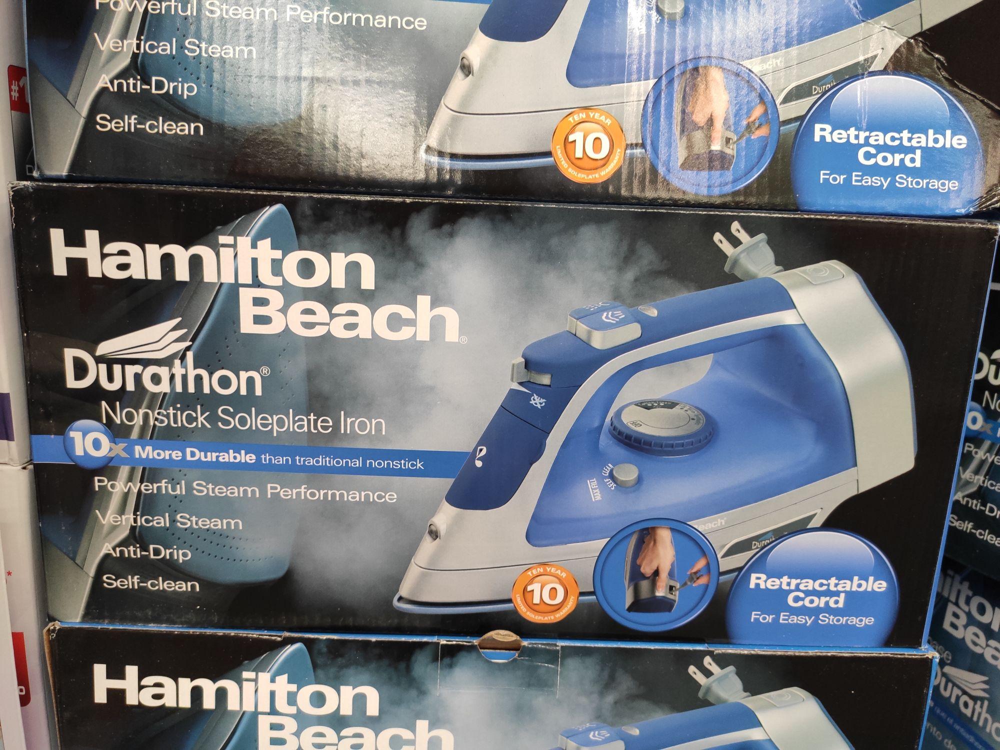 Sam's club: Plancha de vapor Hamilton Beach y ganchos para ropa