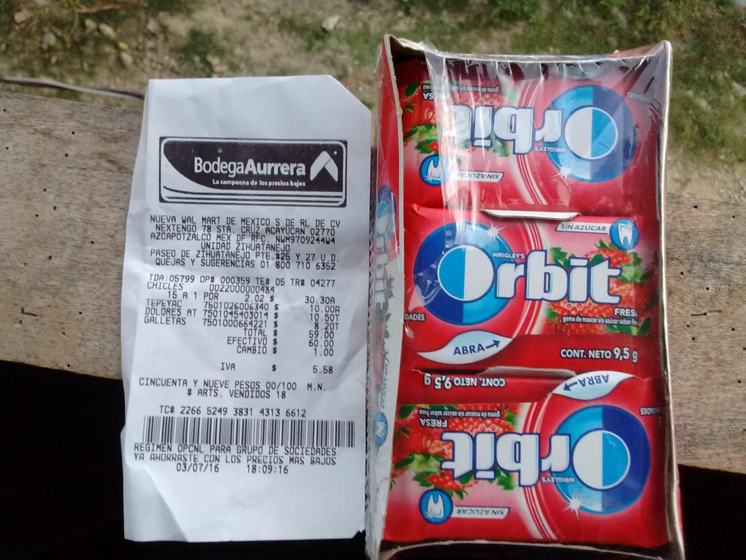 Bodega Aurrerá Zihuatanejo: chicles Orbit fresa de 9.5g a $2.02