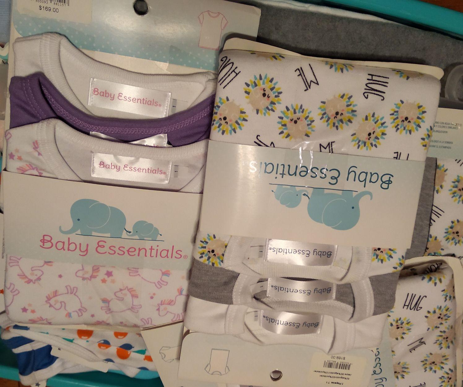 Soriana: Camisas y pantaloncitos baby essentials