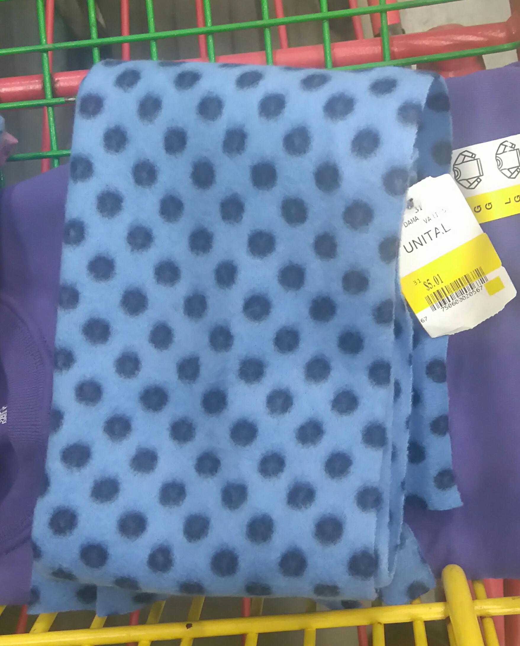 Bodega Aurrerá: Bufanda para Dama en $5.01