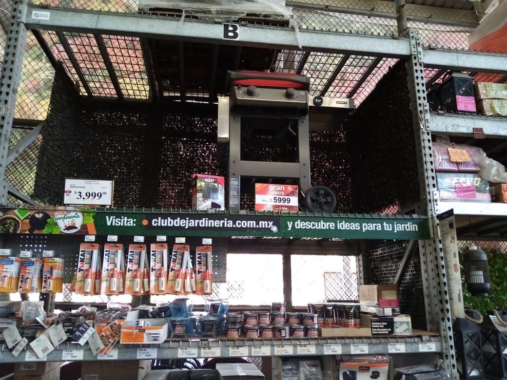 Home Depot Ecatepec: Asador Weber de gas en $5999