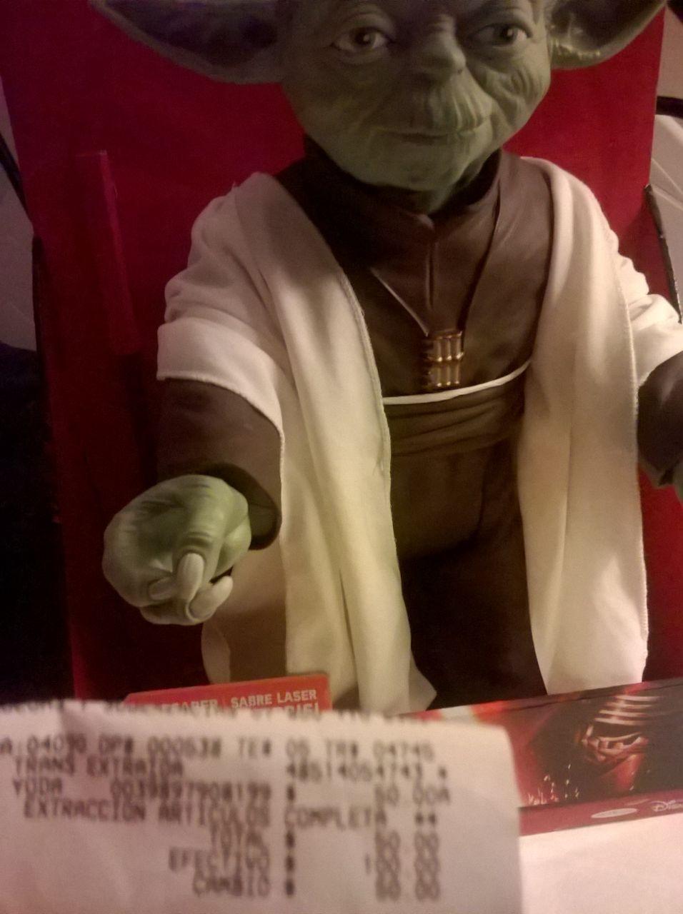 Walmart: Yoda de 45 cm a $50