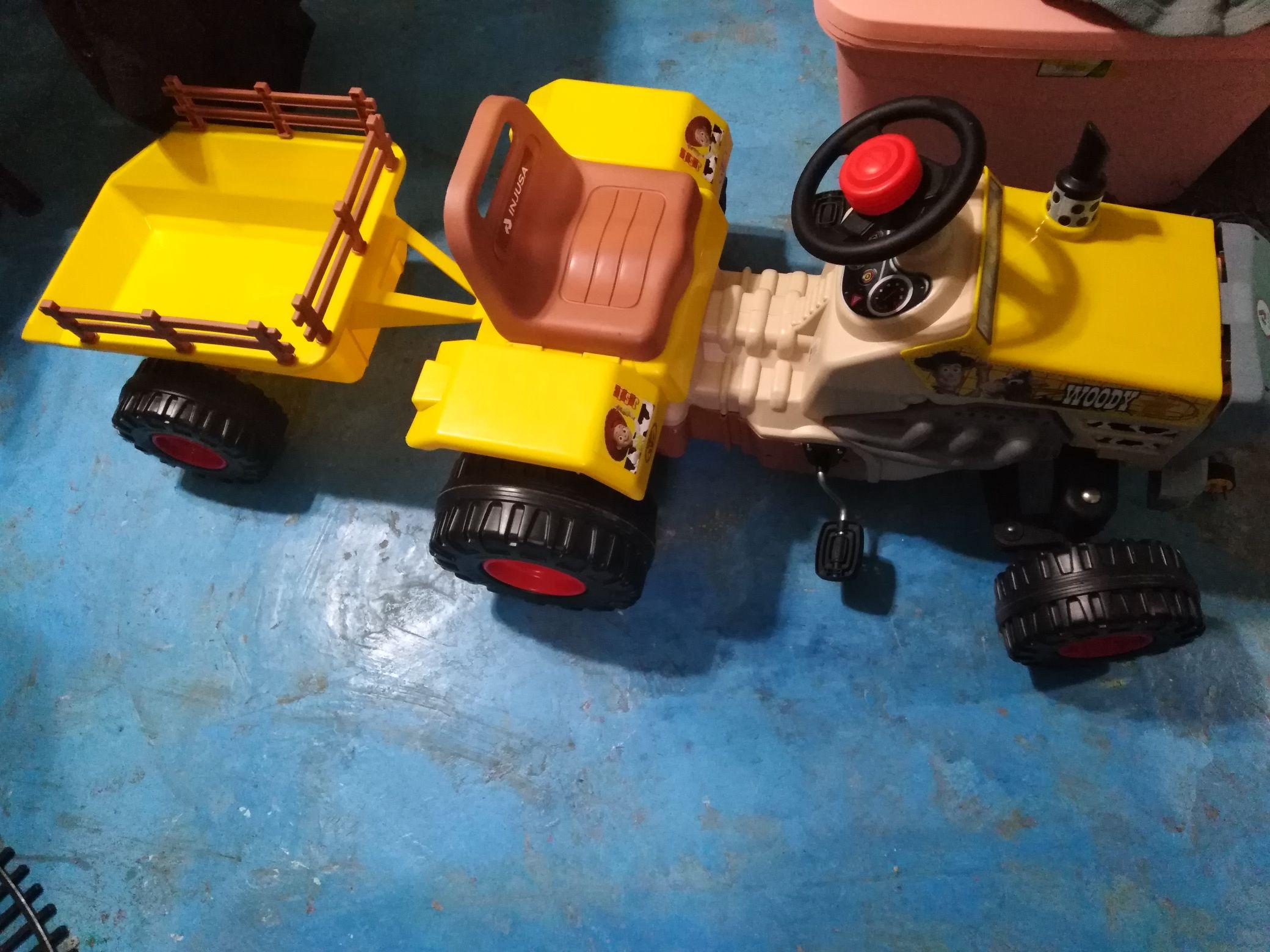 Montable tractor de $3000 a $699 en city club